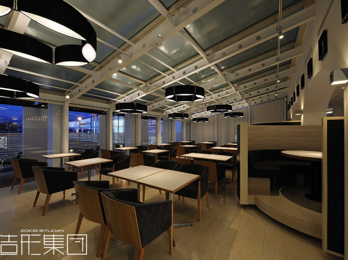 CAFE & DINING【COME COME】の写真 7