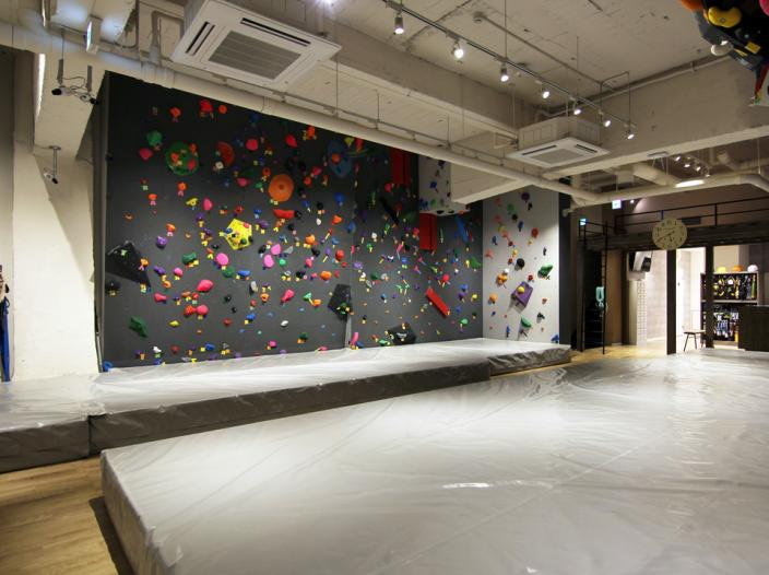 kuri Adventures Climbing gymの写真4