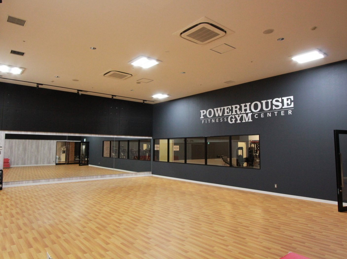 POWER HOUSE GYM CHIBA JAPAN  GLOBO蘇我店の写真 6